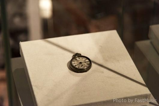 広島原爆の投下で止まった懐中時計