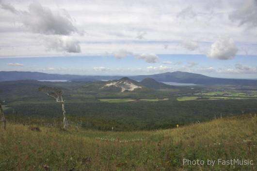 摩周湖第3展望台から望む硫黄山
