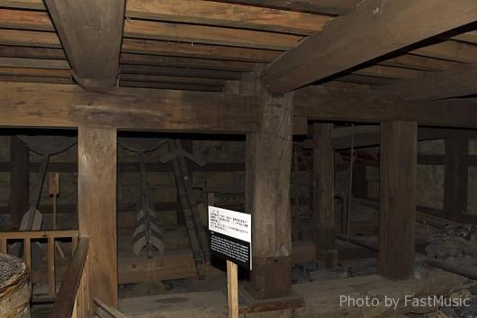 松江城の地階