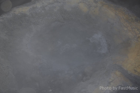 登別温泉「地獄谷(鉄泉池)」
