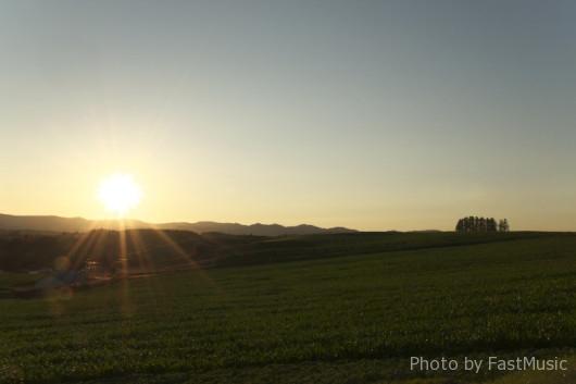 「新栄の丘」の夕日
