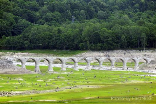 タウシュベツ川橋梁(タウシュベツ展望台)