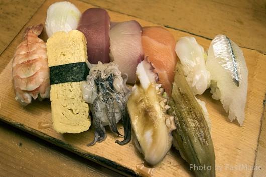黒門市場・寿司処やまと屋「にぎり1.5人前」